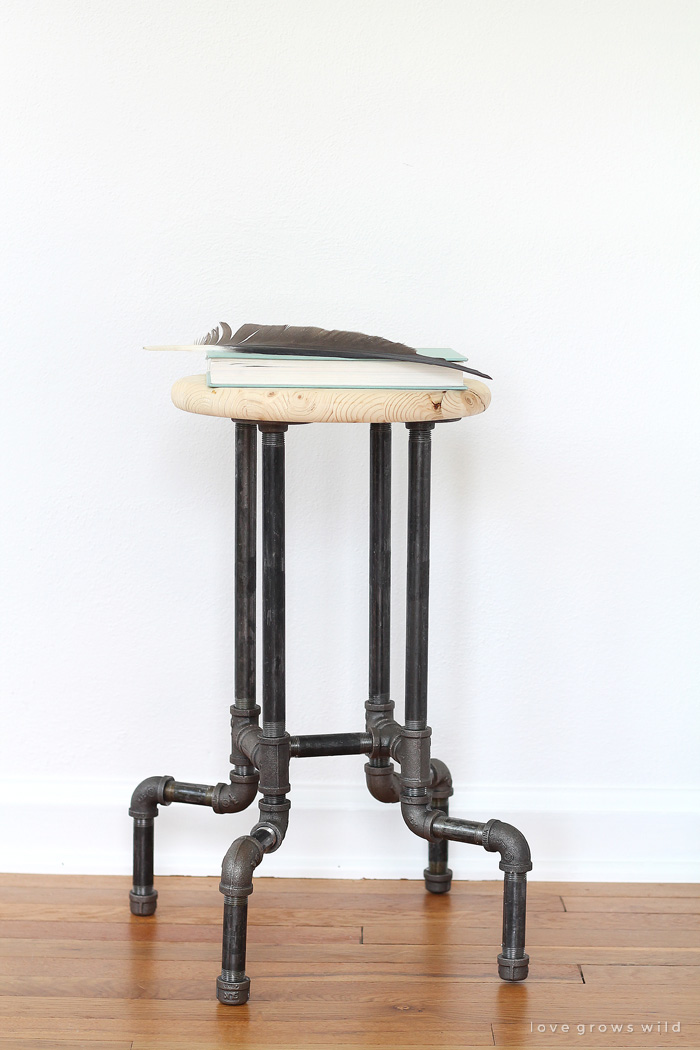 DIY-Industrial-Pipe-Stools-11
