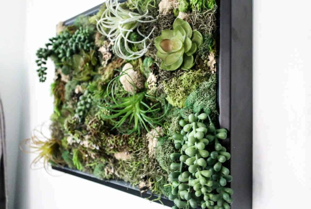 18 Teenage Girl Wall Decor Ideas for Her Bedroom 5 how to make your own succulent vertical garden The Old Summers Home The Old Summers Home is a DIY rustic home decor blog. We have amazing DIY posts showing you how we recreated our old house into our sweet little rustic home.