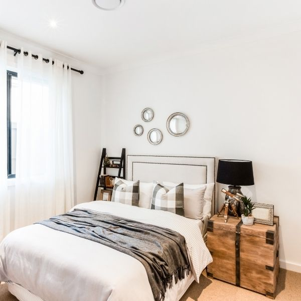 Welcome to The Old Summers Home 3 small bedroom ideas The Old Summers Home Welcome to The Old Summers Home where we are all about living life like a boss! Being a mom of 3 with 2 businesses I know all about chaos, let's make it easy!
